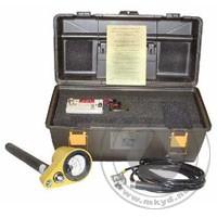 电压检测器